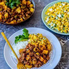 Picadillo😍 Kubansk gryta med smak av tacos. Vi åt den med ris och en mexikansk majssallad. Que rico👌❤ Gör man grytan med veggofärs blir det en urläcker vegansk gryta. Recept hittar du på bloggens startsida🙌