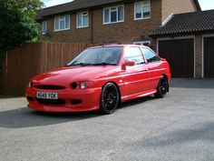 Escort MK 5 / MK 6 - RS 2000 Pictures - I'm thinking about buying another escort RS 2000 i sold my other for a pug so am now thinking about going back to an escort, so could you post up your pics to tempt me even more please :grin: Cheers Gaz 1990s Cars, Ford Motorsport, Ford Rs, Ford Escort, Rally Car, Ford Focus, Car Pictures, Custom Cars, Cars And Motorcycles