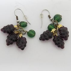 Purple Grape Clusters Dangling Pierced Earrings Wine Lovers Vintage Jewelry EUC #Unbranded #DropDangle