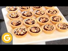Masas Básicas de Gross ►Merengue Francés ♦ Torta Concorde◄ - YouTube Anna Olson, Mini Pies, Mini Cupcakes, Deli, My Recipes, Muffin, Food And Drink, Baking, Breakfast