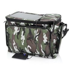 Rugged Thermal Bag with 2200mAh Solar Battery Panel - Camo Print