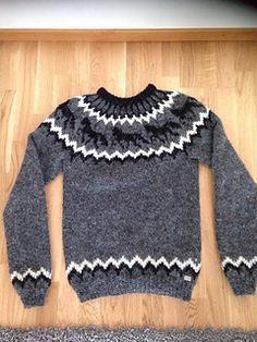 Ravelry: Frenja Icelandic Horse sweater pattern by iym Icelandic Sweaters, Wool Sweaters, Icelandic Horse, Horse Pattern, Sweater Knitting Patterns, Knit Fashion, Horses, Pullover, Crochet