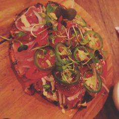 #tuna #tataki #pizza #japanese #fusion #hungry #cravings #hangry #healthy #yummy @mrmiyagimelbourne #mrmiyagi #delicious #foodporn #foodies #food #melbourne #dinner #wantagain #bulking #cheatday #iifym #fitlife #fitfam by skyipers