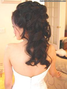 bridal hairstyles half up half down with veil