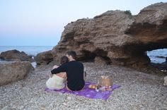 Un picnic para recordar.   #Loveitanywhere #loveit #spain #costaazhar #mediterraneansea #iubire #noidoi #xoxo #followmetotheendofworld