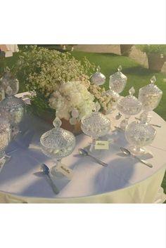 Elegante confettata per il matrimonio di Nicolas e Camilla - Dove Vuoi Catering