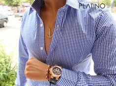 Camisa Slim Fit cuadro chico azul cielo, accesorios macrame de cubos, collar ancla y reloj bvlgari - Tiendas Platino Ropa para caballero de moda hecha en México #Camisa #SlimFit #HechoenMéxico #Tiendasplatino #Men #Menfashion #Fashionstyle #Mexico #Moda #