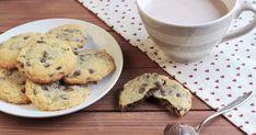 Ja! Das schmeckt genau so genial wie es klingt und aussieht! Ich habe einen,  zwei, okay drei Cookies gegessen, als sie noch warm w...