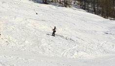 ...Et sur les skis ma co-autrice avec qui nous préparons un livre qui sortira en octobre 2014... Blog Sites, Outdoor, October, Switzerland, Exit Room, Outdoors, Outdoor Games, The Great Outdoors