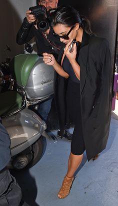 Kim arriving at Les Studios de l'Olivier photo studio