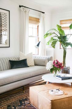 House Tour: A Home Crush a Year in the Making Emily Henderson House Tours Francois Et Moi 1 Decor Home Living Room, Coastal Living Rooms, Living Room White, Living Room Modern, Living Room Interior, Living Room Designs, Living Room Furniture, Home Decor, Furniture Nyc