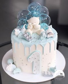 Baby First Birthday Cake, Cute Birthday Cakes, Cake 1 Year Boy, Torta Baby Shower, Pretty Cakes, Cute Cakes, Cake Shapes, Drip Cakes, Celebration Cakes