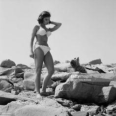 Yvonne Craig Yvonne Craig, Barbara Gordon, Batgirl, Bikinis, Swimwear, Pin Up, Batman, Celebs, Stock Photos