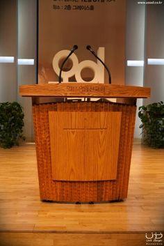 Wood church pulpit  핸드메이드 오크 강대상  by unitdesign