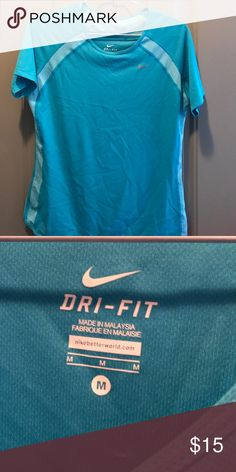 Nike Dri-fit top size M Nike Dri-fit top size M turquoise Nike Tops Tees - Short Sleeve