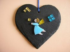 Angel micromosaic mosaic on natural slate heart di Crazy4Mosaics