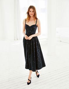 Платье с лифом-корсажем