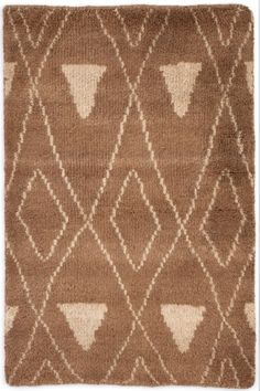 Dash & Albert | Masinissa Camel Hand Knotted Rug | If you\'ve been looking for a lush, plush, treat for the feet, try our Moroccan-inspired hand-knotted area rug in a cozy mix of wool and cotton. Soft and dense, with a subtle geometric pattern in goes-with-anything deep brown and ivory, this rug is made for maximum comfort and style.