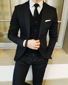 Latest Designs Black Wedding Tuxedos 2019 One Button Shawl Lapel Slim Fit Mens Suits Mens Prom Tuxedos Suits Custom Made Jacket+Pants+Tie Slim Fit Suits Suit… Formal Suits, Men Formal, Mens Prom Tuxedos, Wedding Tuxedos, Man Suit Wedding, Best Wedding Suits, Wedding Men, Party Wedding, Wedding Ceremony