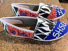SHSU custom hand painted TOMS by SugarNspicePatisseri on Etsy, $85.00----- would have loved these while I was going to school!!! Eat 'em Up Kats!!!