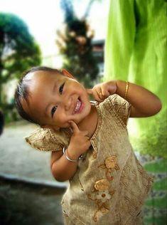 kid smiles