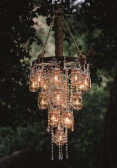 If you're feeling really ambitious why not create this incredible chandelier? Guaranteed to wow pretty much everyone! Image:Pinterest