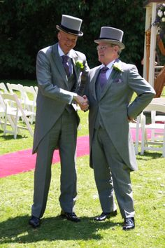 Rackett Wedding 01/06/13 #wedding #suit #suiting #groom #fashion #stylish #tails #tailcoat #lightgrey #tophat