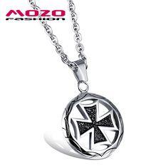 2016 Nueva joyería de la manera Venta caliente marea masculina de acero inoxidable Negro cruz colgante de collar de regalo creativo boutique para hombres MGX1015