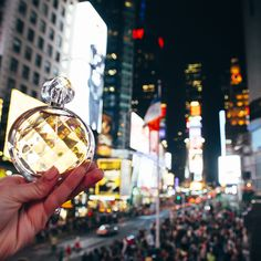 In the city that never sleeps, you need a scent that keeps you smelling fabulous all day long. #UNTOLDArden