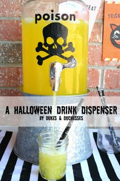 Use a bit of black vinyl to turn your glass drink dispenser into something fun for Halloween! And the vinyl can easily be removed when the holiday is over! Halloween Drinks, Halloween Home Decor, Halloween Food For Party, Halloween Projects, Cute Halloween, Halloween Treats, Halloween Decorations, Diy Projects, Halloween Birthday