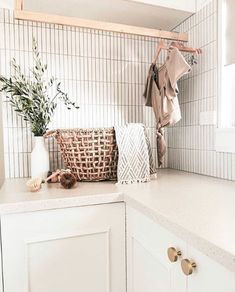 is inspiring us with this laundry. Using our Brunswick Kit Kat tiles. Who else is thinking of using them? Mudroom Laundry Room, Laundry Room Layouts, Laundry In Bathroom, Laundry Room Inspiration, Home Decor Inspiration, Interior Exterior, Interior Design, Design Interiors, Laundry Room Design