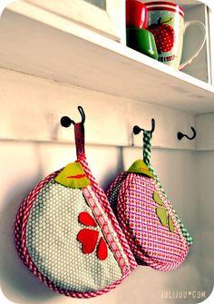 pot holders by @Andrea Mueller Jolijou