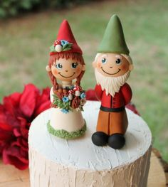 Gnome wedding cake topper rustic bride and groom Mr and Mrs | Etsy #GnomeCakeTopper #WeddingCakeTopper #FallWedding #RusticWedding #CakeTopper #BrideAndGroom #AutumnWedding #CustomCakeTopper