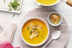 Butternut Squash and Roasted Garlic Bisque Recipe Butter Squash Soup, New Recipes, Cooking Recipes, Recipies, Campbells Recipes, Soup Dish, Bisque Recipe, Pureed Soup, Roasted Garlic