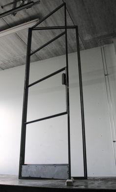 DEMOCO | stalen deur afgewerkt met stopverf