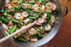 One-Pot Meal: Shrimp with Couscous and Asparagus