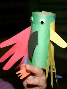 Hand-y parrot craft for kids