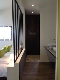 Location vacances maison Merindol les Oliviers: La salle d'eau de la chambre Ventoux