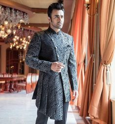 Indian Wedding Clothes For Men, Wedding Outfits For Groom, Wedding Dress Men, Indian Wedding Outfits, Wedding Suits, Indian Men Fashion, Mens Fashion Blog, Mens Fashion Suits, Boy Fashion