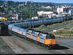 RailPictures.Net Photo: VIA 6407 VIA Rail EMD F40PH at Thunder Bay, Ontario, Canada by Dave Schauer