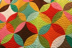 wonderful color choices in all-solids - neat quilting pattern, too Quilting Blogs, Free Motion Quilting, Quilting Projects, Quilting Designs, Sewing Projects, Quilting Ideas, Circle Quilts, Star Quilts, Quilt Blocks
