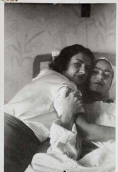 Frida Kahlo & Cristina Kahlo