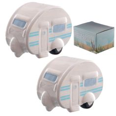 Caravan salt and pepper cruet set shakers pots ceramic collectable Ted Smith Ted, Caravan Holiday, Thing 1, Salt And Pepper Set, Pot Sets, Salt Pepper Shakers, Novelty Gifts, Retro, Blue Stripes