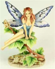 Gorgeous Fairies by an amazing artist!
