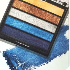 """The NEW! Limited-Edition† Mary Kay® Eye Color Palette is part of the Runway Bold Collection. The palette features five """"Rock the Runway"""" shades: gold, bronze, silver, blue and navy. *Available while supplies last"""