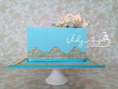 Aqua & Silver Cake