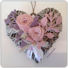 Cuore con due rose rosa, by fattoamanodaTati, 22,00 € su misshobby.com