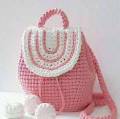 Crotchet Bags, Crochet Octopus, Crochet Purses, Fashion Backpack, Crochet Patterns, Backpacks, Wallet, Creative, Handmade