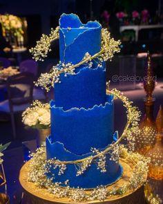 Beautiful Cake Designs, Cool Cake Designs, Wedding Cake Designs, Beautiful Cakes, Luxury Cake, Luxury Wedding Cake, Wedding Sheet Cakes, Sheet Cake Designs, Sugar Sheets