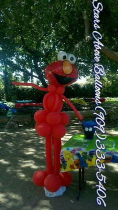 Sesame street themed birthday elmo balloon sculpture